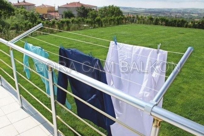 cam balkon için çamaşırlık